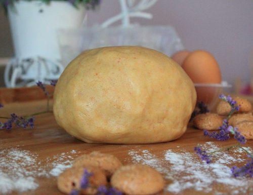 Pasta frolla agli amaretti – perfetta per biscotti e crostate