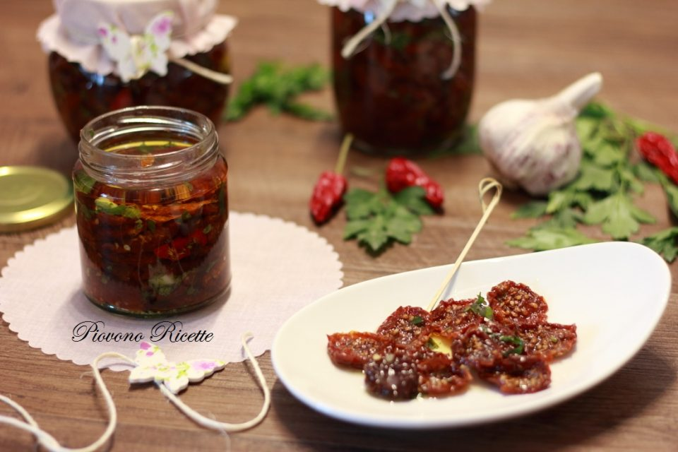 pomodori secchi sott'olio - la mia ricetta passo passo