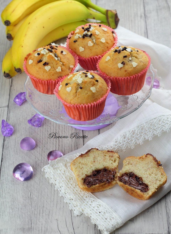 Ricetta Muffin Alla Banana.Muffin Alla Banana Con Cuore Di Nutella Facili Veloci E Golosissimi