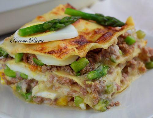 Lasagne agli asparagi, ragù bianco e uova sode