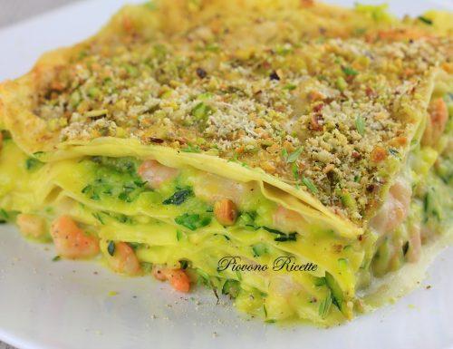 Lasagne con zucchine, gamberi e pistacchi