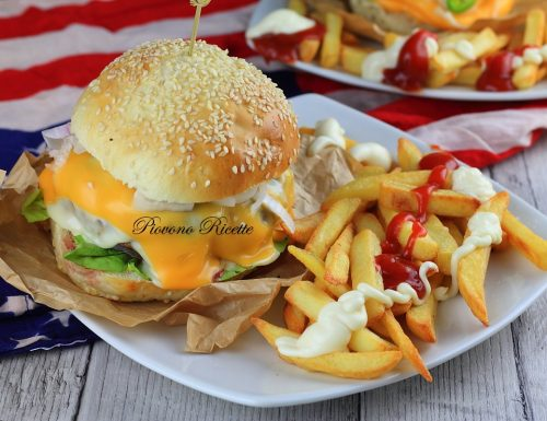 Cheeseburger fatto in casa