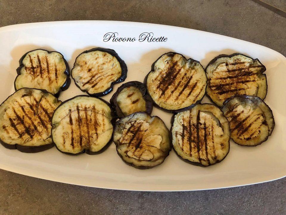 melanzane grigliate con salsa al prezzemolo