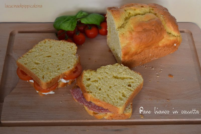Pane bianco in cassetta