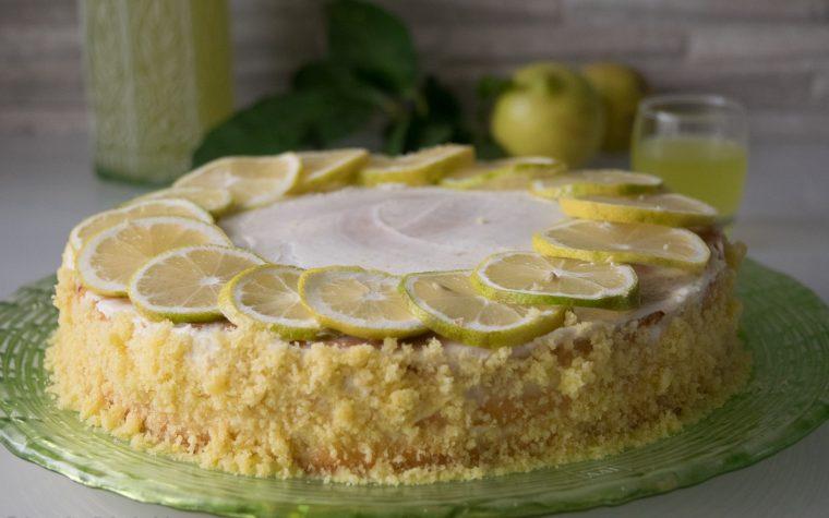 Torta con crema al mascarpone e limoncello