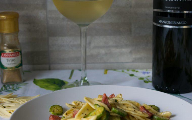 Foglie di olivo con zucchine e salamella