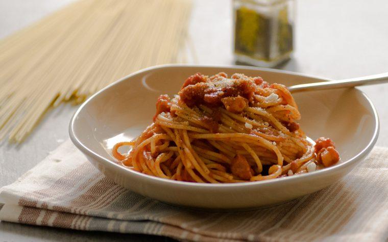 Spaghetti all' Amatriciana, ricetta della tradizione