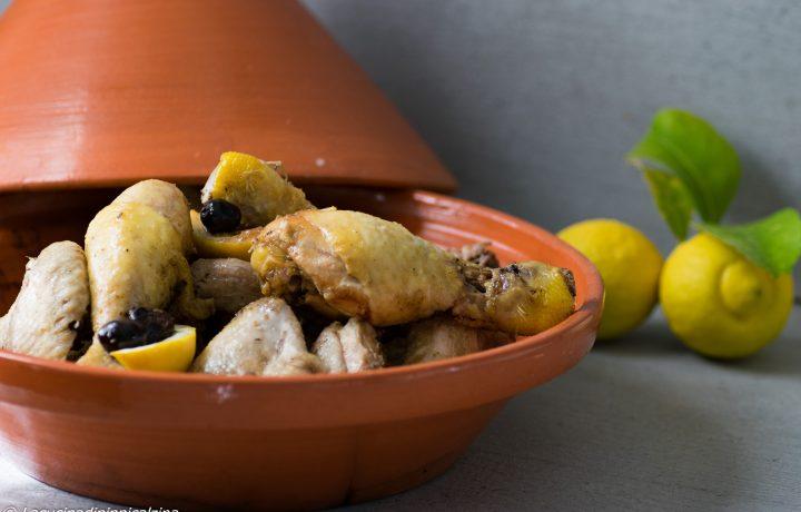 Tajine di pollo al limone e olive nere