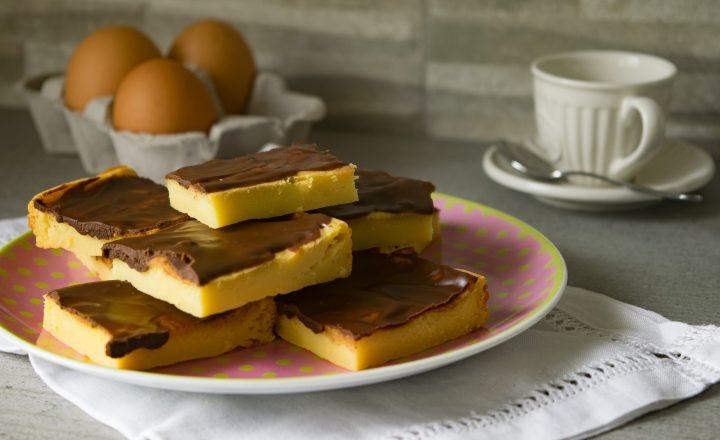 Quadrotti alla ricotta e cioccolato