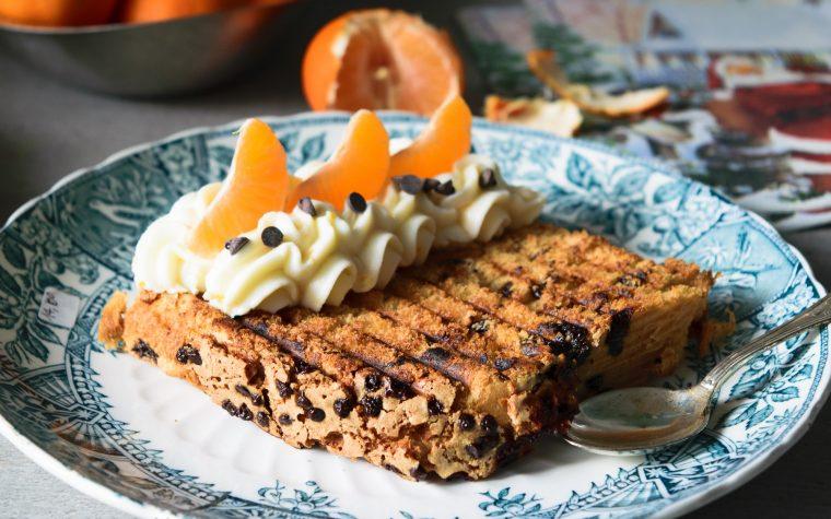 Toast di panettone con crema di ricotta al mandarino