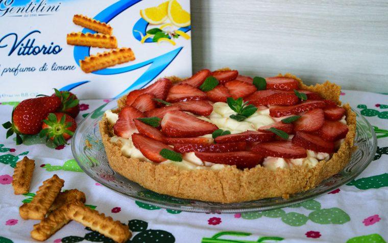 Crostata con crema al mascarpone e fragole, senza cottura