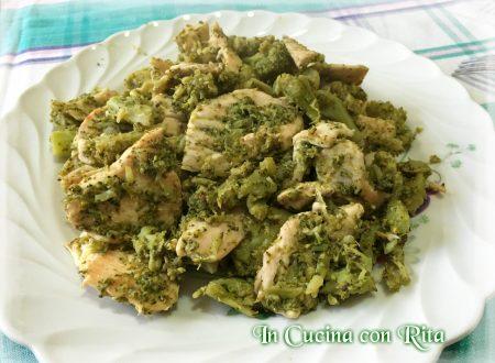 Petto di pollo con cavolo verde e limone