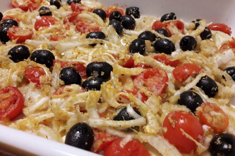 Teglia di finocchi,olive e pomodorini – contorno mediterraneo