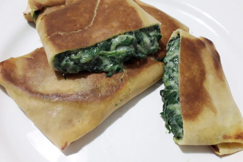Involtini croccanti di crepes con spinaci