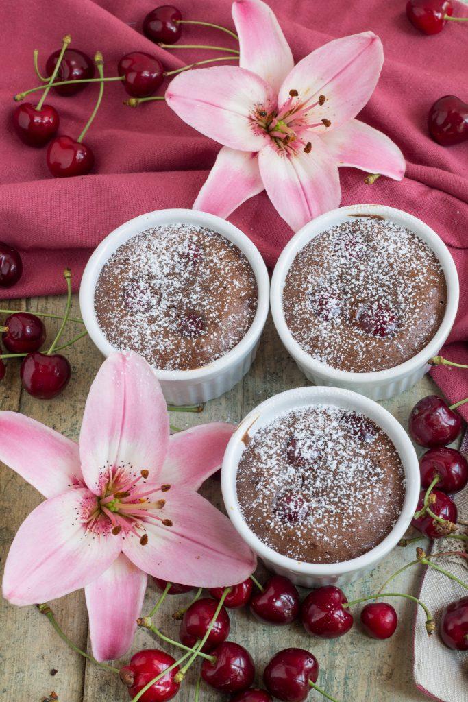 _tortini di ciliegie e cacao