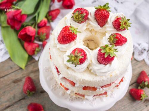 ANGEL CAKE PANNA E FRAGOLE
