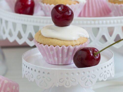 Mini cupcake gustosi alle ciliegie
