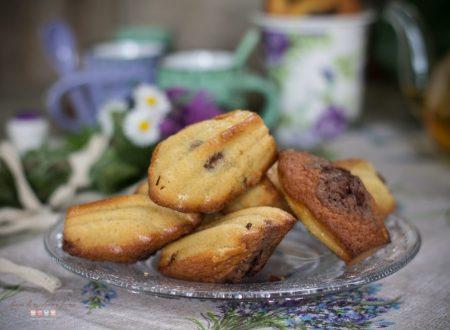 Madeleines bicolori al cacao e vaniglia