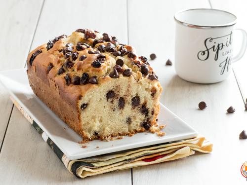 Plumcake alla Ricotta con Gocce di Cioccolato e Uvetta