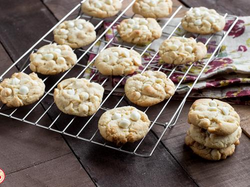 Cookies alle Mandorle e Cioccolato Bianco