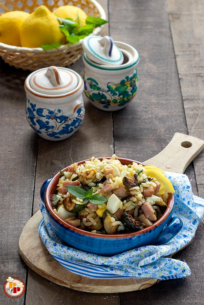 insalata di riso con zucchine e prosciutto cotto_vert