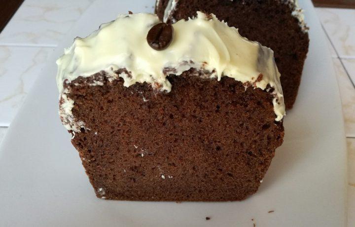 Plumcake al Baileys e cioccolato bianco.