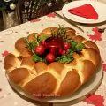 Corona di pan brioches ripiena