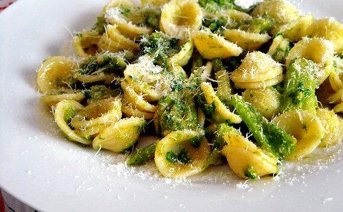 Orecchiette Con Broccoli Cime Di Rapa