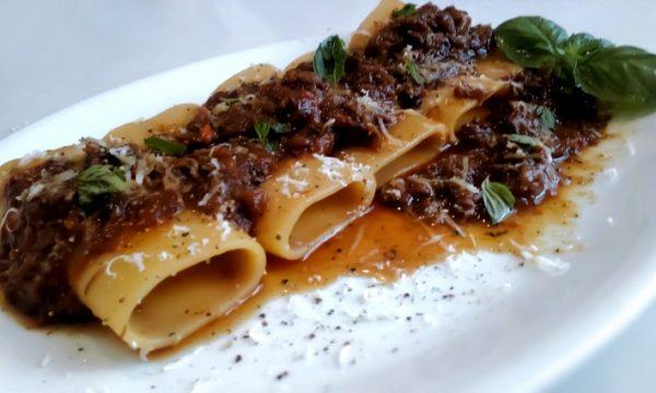 Paccheri Al Ragù di Genovese (ricetta originale)