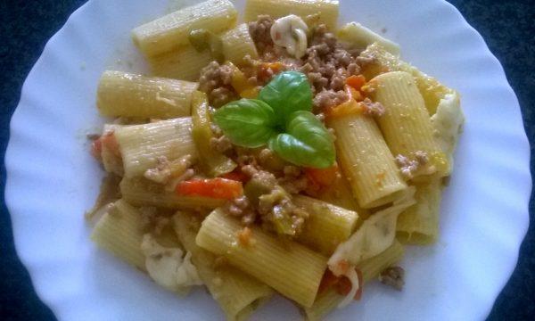 Rigatoni Con Carne Macinata e Crema Di Peperoni