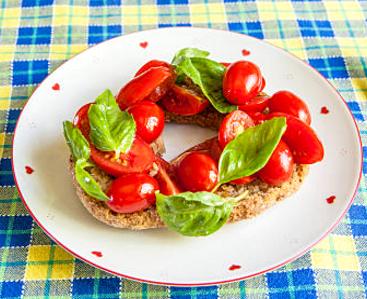 Frisella con pomodoro