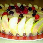 Corona cheesecake con pere e frutti di bosco e crema alla vaniglia