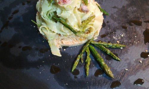 Rustiche con asparagi e taralli