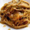 Linguine aglio,olio e peperoncino,con salsa di taralli, acciughe e finocchietto prezzemolo e olio all'aglio