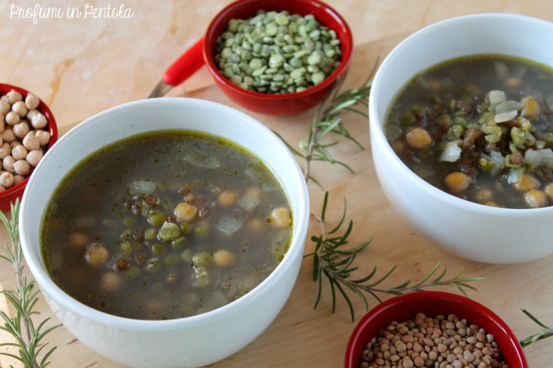 zuppa cece, lenticchie, piselli