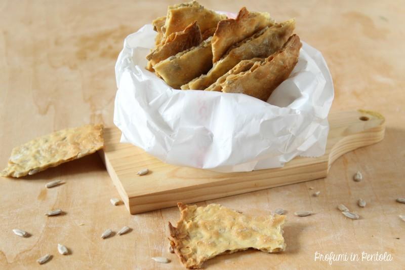 Cracker con semi di girasole senza lievito