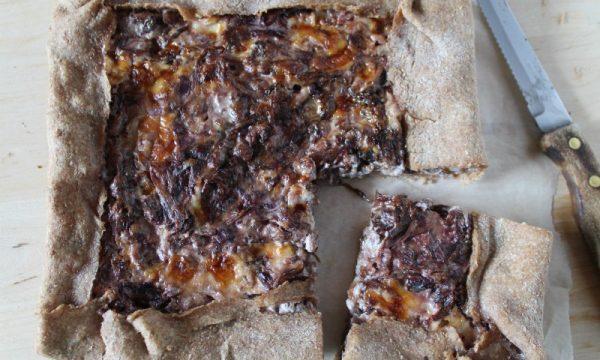 Torta Salata Radicchio, Ricotta, Taleggio e Salsiccia