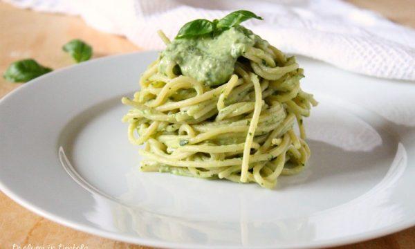 Spaghetti in crema di Ricotta e Basilico