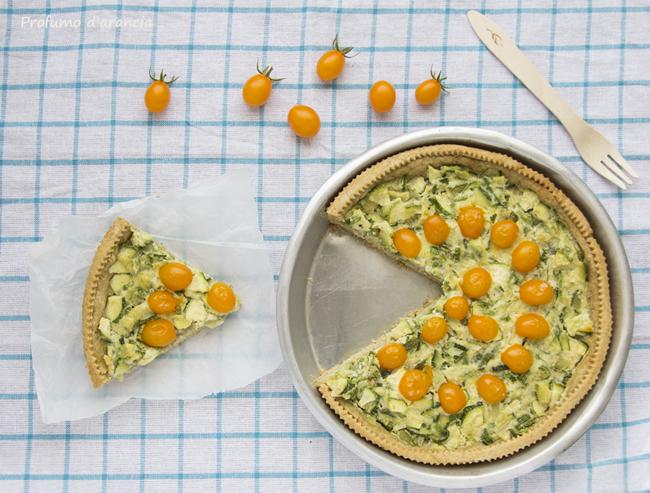 crostata con zucchine e pomodorini datterini gialli