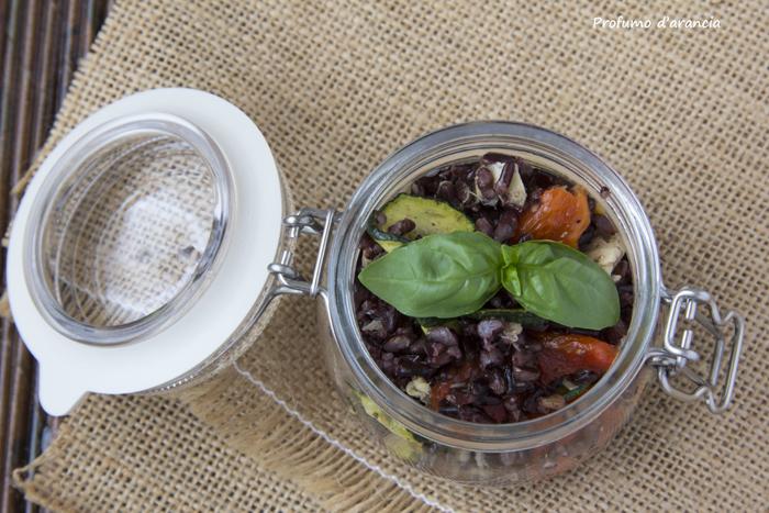 Riso venere con verdure grigliate e filetti di sgombro for Cucinare riso venere