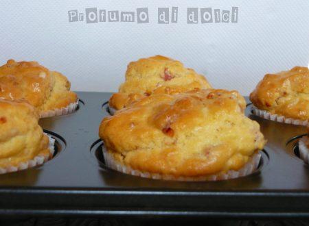 Muffin salati al cotto e pomodori secchi