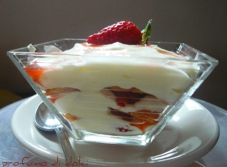 Tiramisù light alle fragole