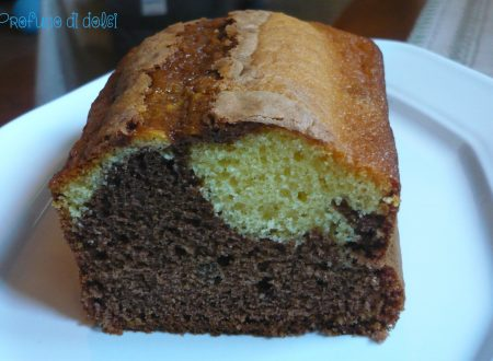 Plum cake bicolore allo yogurt