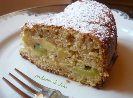 Torta soffice di mele e kiwi