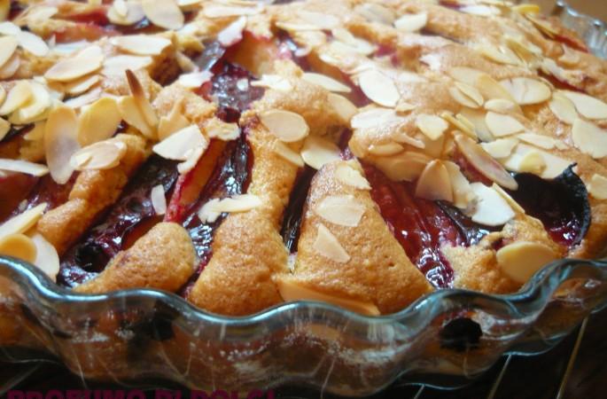 Torta di prugne e mandorle