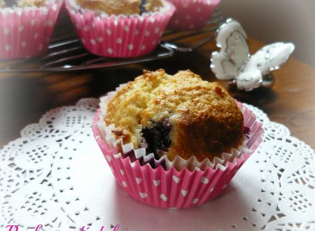 Muffin al lemon curd e mirtilli