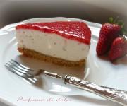 Torta fredda allo yogurt e fragole