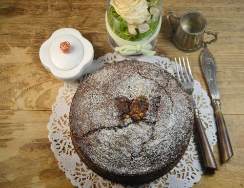Torta soffice con crema Lindt e cioccolato fondente