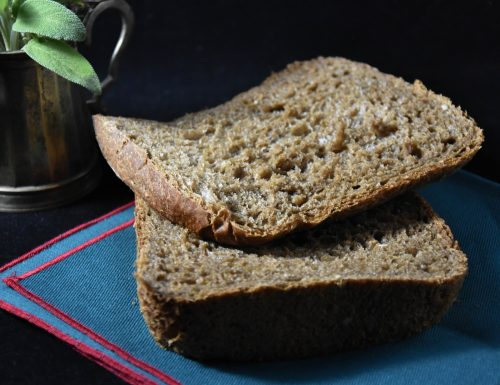 Pane integrale con salvia e rosmarino