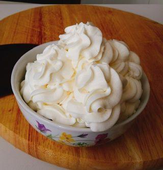 Crema al mascarpone per decorazioni